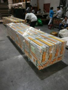 stretch wrapping gypsum boards bundle