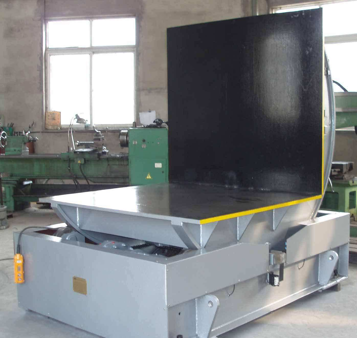 injection mold flipper
